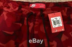 New Nike Mens Sportswear Tech Fleece Red Camo Joggers Pants 2xl XXL 823499-674