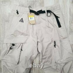 Nike ACG Cargo Woven Pants men Size Small Moon Particle Beige Jogger