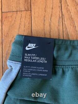 Nike Men Tech Fleece Jogger Pants Jade/ Gray 805162-337 Size Small S Rare Color