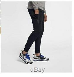 Nike Men's Tech Fleece Joggers Triple Black Pants Size L No returns