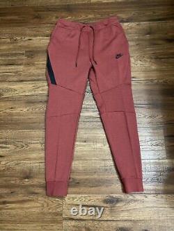 Nike Mens Sportswear Tech Fleece Joggers Cedar Red/Black 805162-661 Size Large