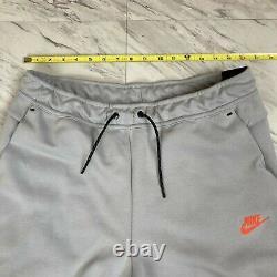Nike Sportswear Men's Size Large Tech Fleece Tapered Joggers Grey Red CU4495-012