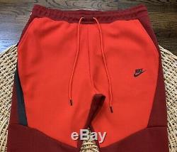 Nike Sportswear Men's Tech Fleece Joggers Pants 805162 677 Size Large NWT