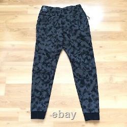 Nike Sportswear Tech Fleece Camo Jogger Pants Mens Size Large CJ5981 010 New