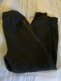 Nike Sportswear Tech Fleece Pants Joggers Black Tapered Size Medium Slim Fit