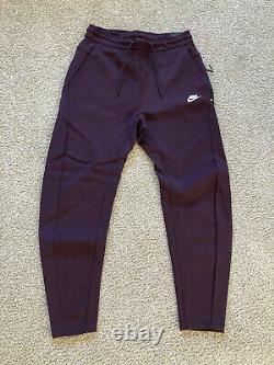 Nike Sportswear Tech Fleece Tapered Pants Burgundy 928507-659 Men's Size Small