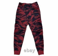 Nike Tech Fleece Camo Red Joggers Pants, Size Medium NWT CU4497-677