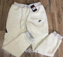 Nike Tech Fleece Icon Sherpa Joggers Pants Mens Large Light Bone AQ2769-072 NEW
