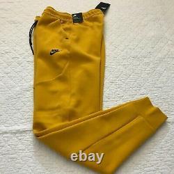 Nike Tech Fleece Jogger Pants Mens SZ Small Dark Sulfur/Black CU4495-743 NWT