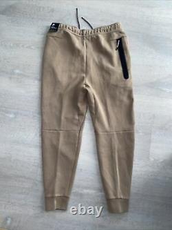 Nike Tech Fleece Washed Slim Fit Jogger Pants Taupe Haze CZ9918-229 Mens Medium