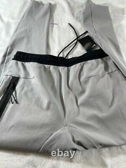 Nike U. S. A Tech Pack Joggers- Football Grey- Men's size Medium (CI8387-010) RARE